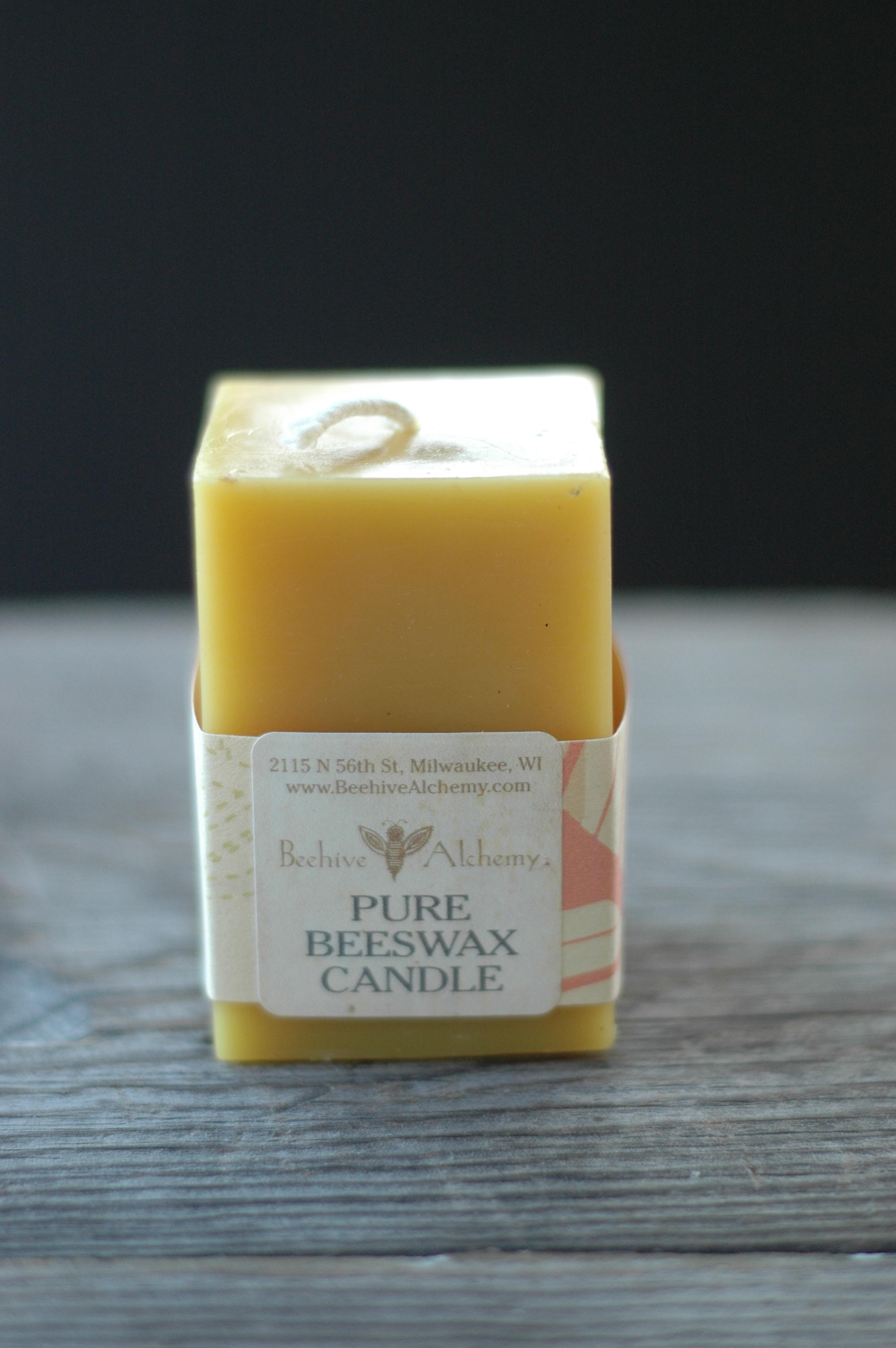 how to make beeswax pillar candles